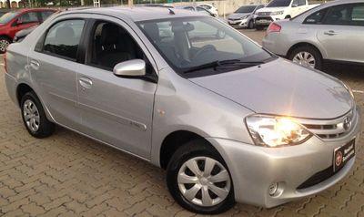 Toyota Etios Sedan XS 1.5L Flex 2016}