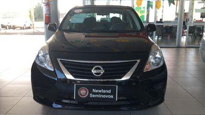 Nissan Versa 1.6 16V SV 2014}