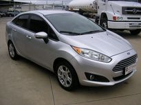 Ford New Fiesta Sedan SE 1.6 AT 2014}