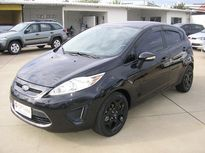 Ford New Fiesta Hatch SE 1.6 16V (Flex) 2013}
