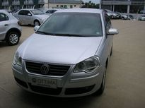 Volkswagen Polo Sedan 1.6 8V I-Motion (Flex) (Aut) 2011}