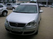 Volkswagen Polo Sedan 1.6 8V I-Motion (Flex) (Aut) 2011}