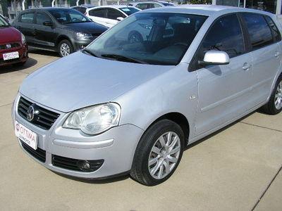 Volkswagen Polo . 1.6 8V (Flex) 2007}