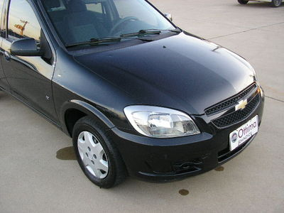 Chevrolet Celta  LT 1.0 2012}