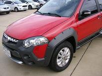 Fiat Strada Adventure 1.8 16V (Flex) (Cab Dupla) 2013}