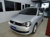 Volkswagen Polo Hatch . 1.6 8V (Flex) 2014}