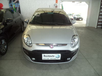 Fiat Punto ATTRACTIVE 1.4 FLEX 2016 2015}