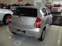 Toyota Etios Hatch Etios X 1.3 (Flex) 2016}
