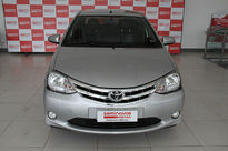 Toyota Etios Sedan Platinum 1.5L Flex 2014}