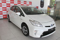 Toyota Prius 1.8L Gasolina CVT 2013}