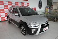 Toyota Etios Cross 1.5L (Flex) 2015}