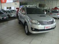 Toyota SW4 SRV 3.0 4x4 7 Lugares 2012}