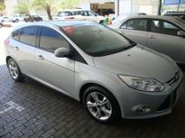 Ford Focus Hatch GLX 2.0 16V (Aut) 2014}