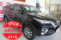 Toyota Hilux Cabine Dupla SRX A/T 4x4 Diesel 2017}