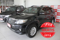 Toyota SW4 SRV 3.0 4x4 5 Lugares 2012}
