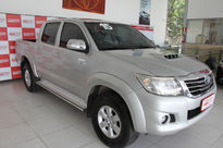 Toyota Hilux Cabine Dupla SRV M/T 3.0L 4x4 Diesel 2015}