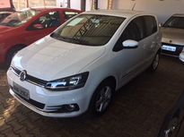 Volkswagen Fox Highline 1.6 MSI 2015}