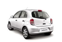 Nissan March 1.0 16V (Flex) 2014}