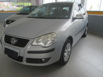 Volkswagen Polo Hatch . 1.6 8V (Flex) 2009}