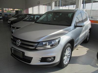 Volkswagen Tiguan 2.0 TSI 2014}