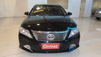 Toyota Camry  XLE 3.5 V6 2013}