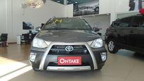 Toyota Etios Cross 1.5L (Flex) 2014}