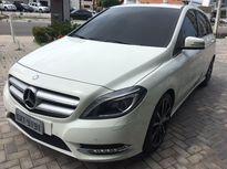 Mercedes-Benz Classe B B 200 1.6 Turbo Sport 2014}