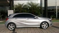 Mercedes-Benz Classe A 200 Urban 1.6 DCT Turbo 2014}