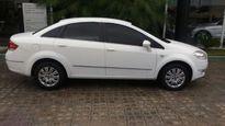 Fiat Linea 1.8 16V Essence 2012}