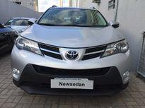 Toyota RAV4 2.0L 4x2 CVT 2014}