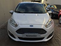 Ford New Fiesta Sedan SE 1.6 2015}