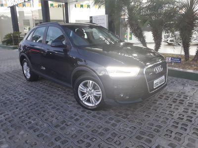 Audi Q3 Attraction 2.0 TFSI quattro S Tronic 2014}