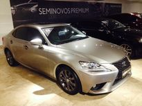Lexus IS 250 2.5 V6 Luxury 2014}