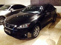 Lexus IS 300 3.0 V6 2012}