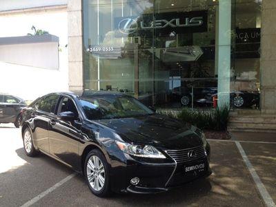 Lexus ES 350 3.5 V6 2014}
