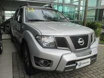 Nissan Frontier SV Attack 2.5 TD CD 4x2 2014}