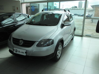Volkswagen Fox Sunrise 1.0 8V (Flex) 2010}